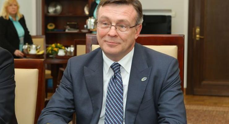 Экс-главу МИД Украины судят по обвинению в убийстве