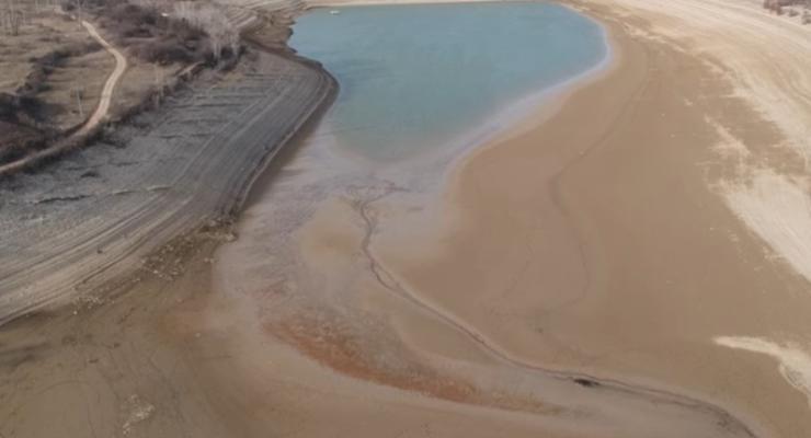 Водохранилище под Симферополем пересохло - видео
