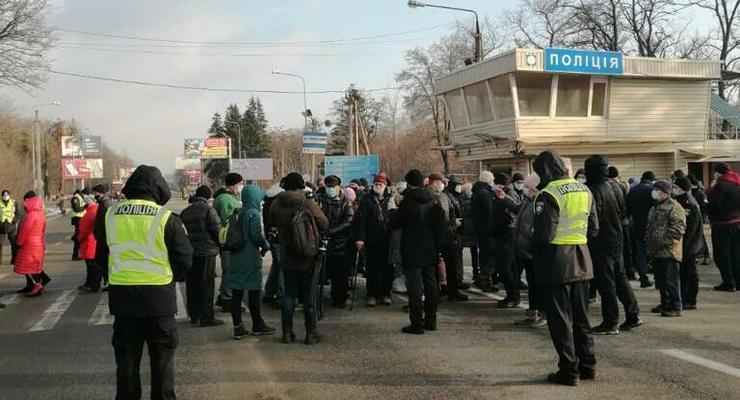 Под Харьковом перекрывали трассу из-за повышения тарифов на газ