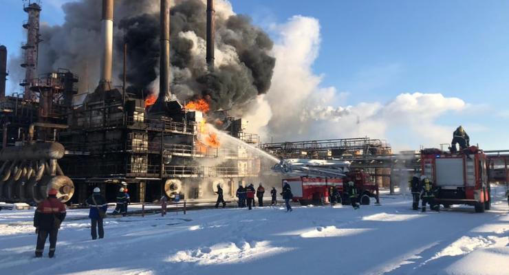 На «Карпатнефтехиме» произошел большой пожар