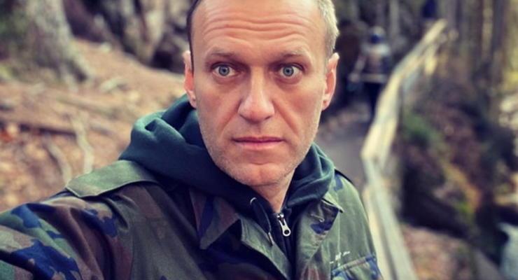 Украина потребовала освободить Навального