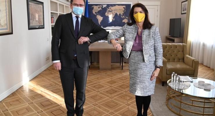 Украина попросила Швецию помочь деоккупировать Крым