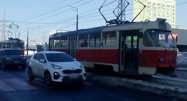 В Киеве трамвай наехал на 89-летнего пенсионера