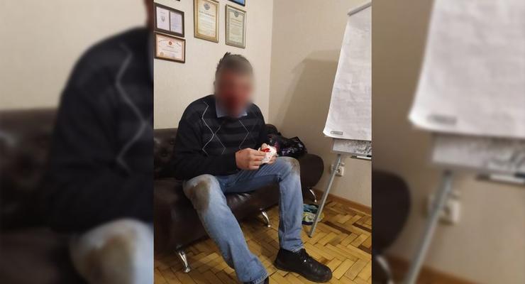 В Запорожье неизвестные избили депутата облсовета