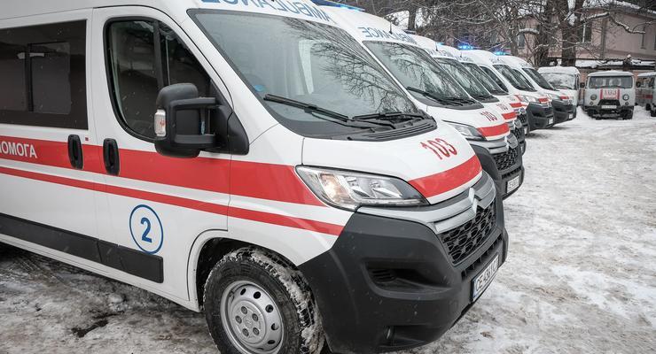 В Чернигове школьник выжил после падения с восьмого этажа