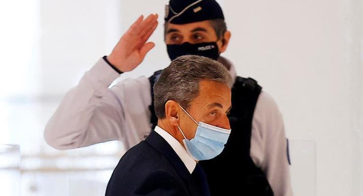 Осужденный Саркози может не попасть в тюрьму и остаться дома