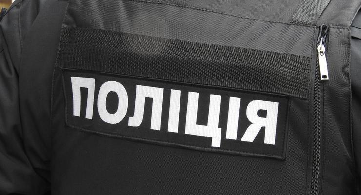 """""""Успокоить"""" детей: в Тернополе мужчина открыл стрельбу на детской площадке"""