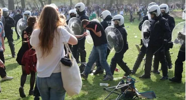 В столице Бельгии возникли беспорядки из-за первоапрельской шутки