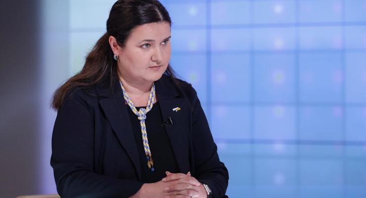 Киев просит США усилить санкции против РФ - посол