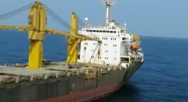 В Красном море судно под иранским флагом попало под ракетный обстрел