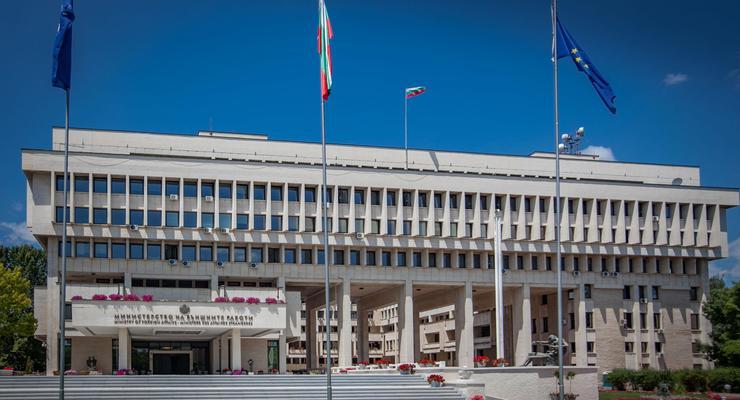 Болгария отреагировала на акт вандализма на Полтавщине