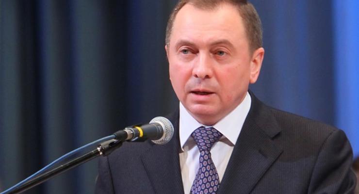 """Минск заявил о """"смехотворном"""" предложении Кравчука о переносе переговоров"""