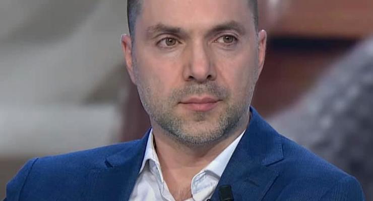 Арестович назвал число удерживаемых оккупантами заложников на Донбассе