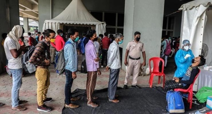 Индия вышла на второе место в мире по числу заражений коронавирусом