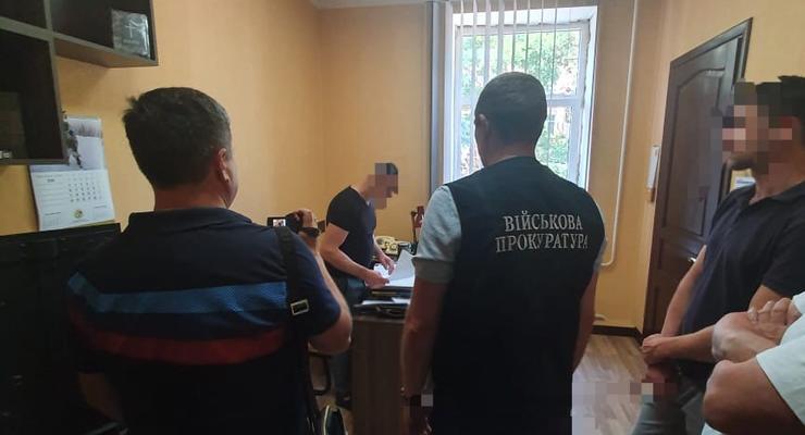 В Одессе сотрудник СБУ шантажировал бизнесмена из-за нардепа