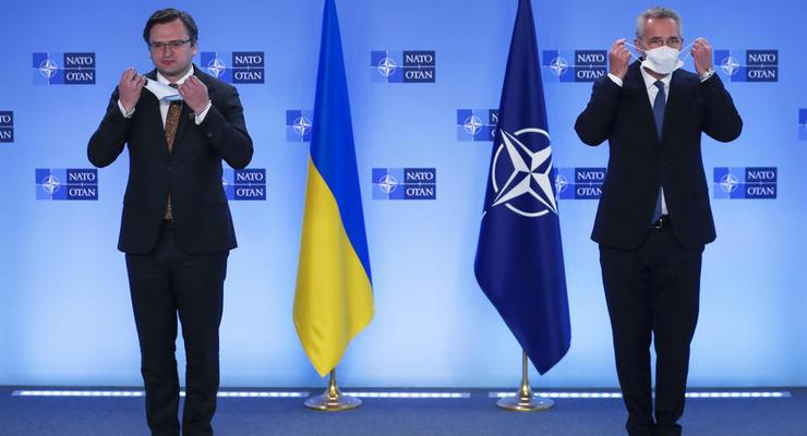 Украина заставит РФ вывести войска из Донбасса и Крыма, – Кулеба