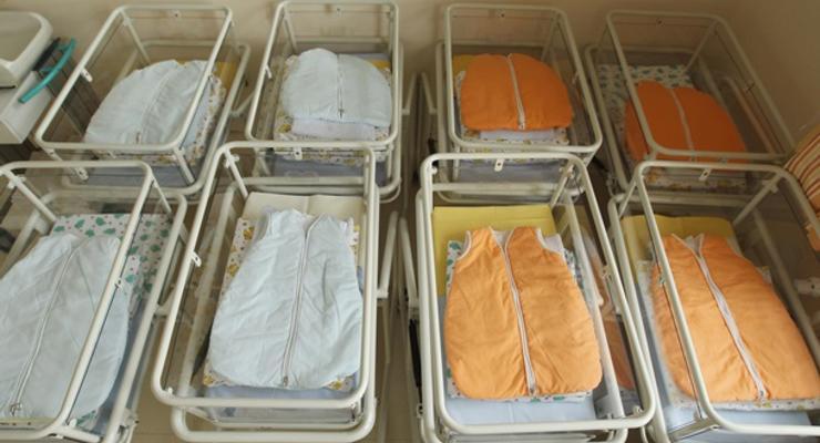 В Индии родился ребенок с двумя головами и тремя руками