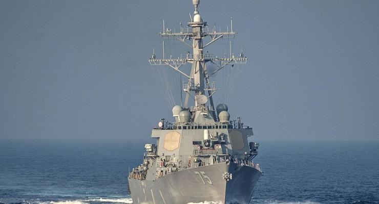 Ракетные эсминцы ВМС США заходят в Черное море - СМИ