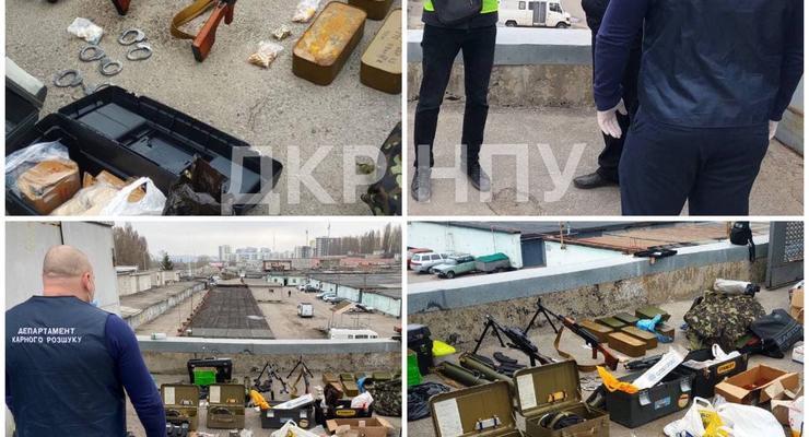 В Харькове обнаружили крупный склад оружия в гараже