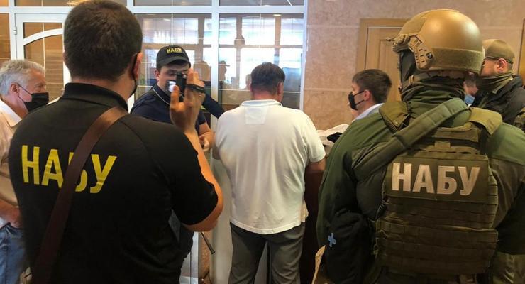 Силовики пришли с обысками в Одесский апелляционный суд