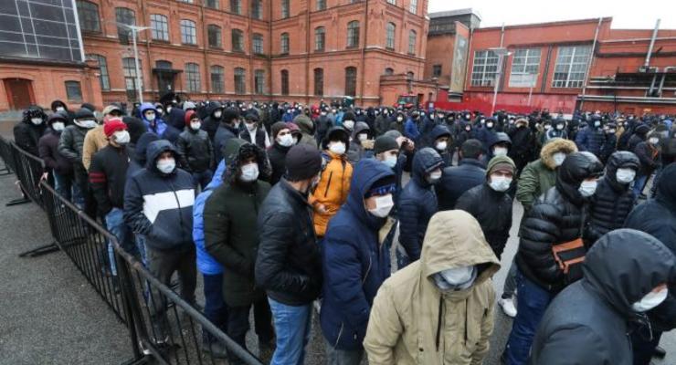 Россия пригрозила высылкой всех нелегальных мигрантов