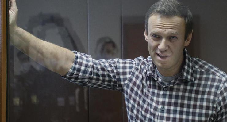 Иностранные актеры и писатели просят у Путина помочь Навальному