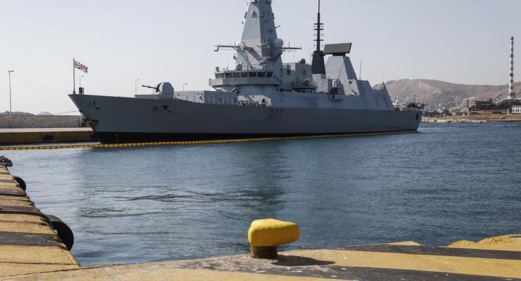 Британия направит в Черное море два военных корабля - Times