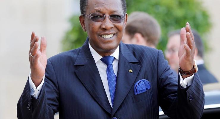 Президент Чада умер от полученных боевых ранений