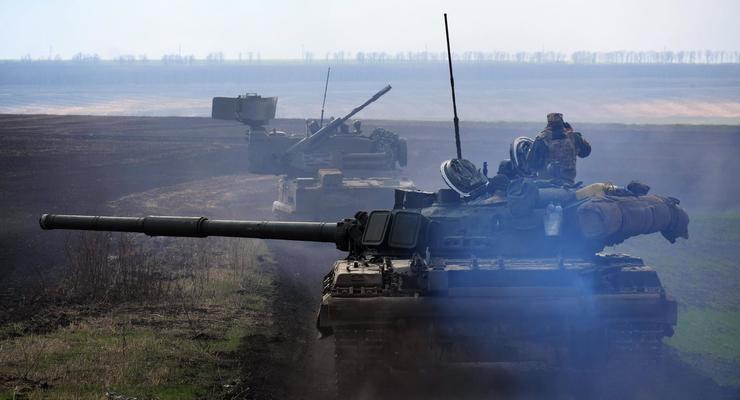 В районе ООС прошли танковые учения