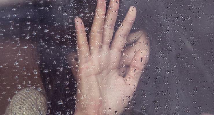 Под Луцком девушка попросила подвезти, ее изнасиловали