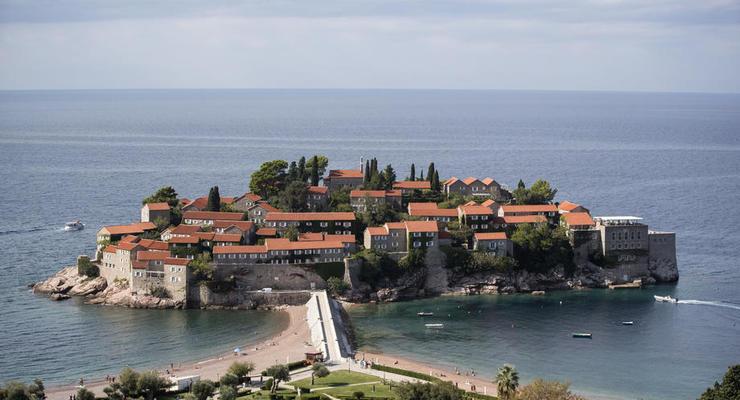 Черногория открывает границы для украинских туристов