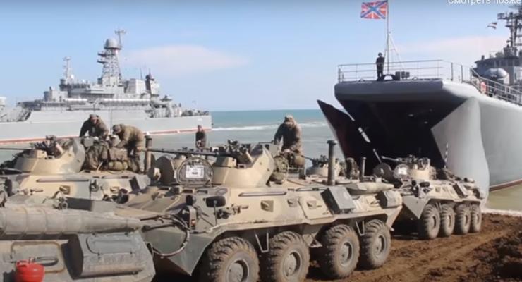 Войска РФ после учений покидают оккупированный Крым (видео)
