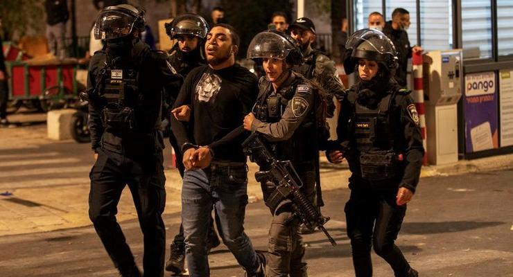 В Иерусалиме в столкновениях ранены десятки людей