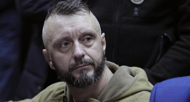 Дело Шеремета: Суд отпустил Антоненка по домашний арест