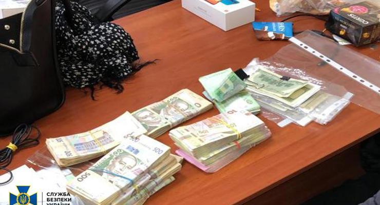 В Киеве блокировали работу сети подпольных обменников криптовалюты