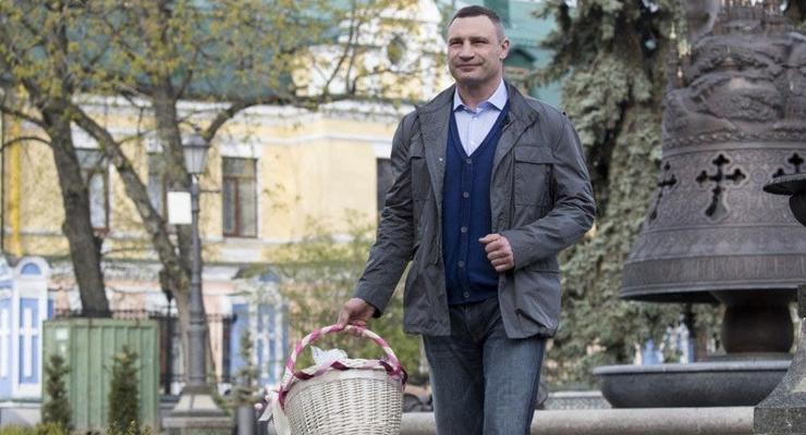 Кличко поздравил украинцев с Пасхой
