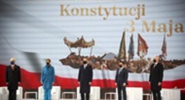 День Конституции Польши: Зеленский поздравил Дуду