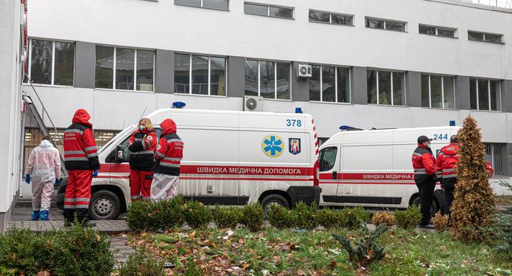 Перед смертью звала на помощь: В Днепре из окна выпала девушка