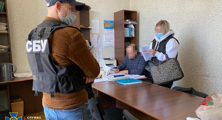Чиновники Укрзализныци присваивали зарплаты - СБУ