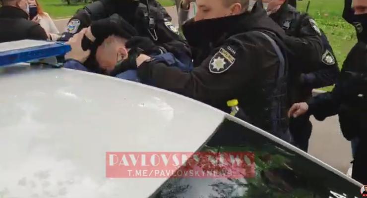 """В Киеве полиция задержала лидера движения """"SaveФоп"""" Доротича"""