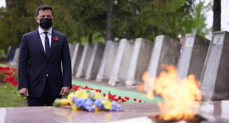 "Итоги 8 мая: Визит Зеленского на Донбасс и отмена ""красного"" карантина"
