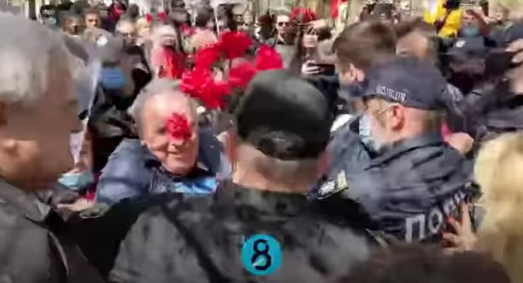 В Одессе на акциях к 9 мая произошли стычки и задержания