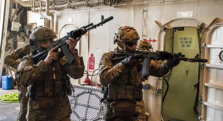Украинские военные провели учения на американском корабле