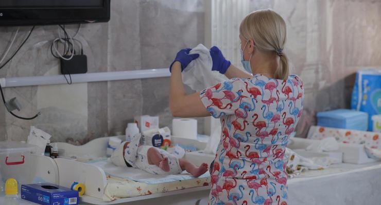 В Киеве женщина родила ребенка на станции метро