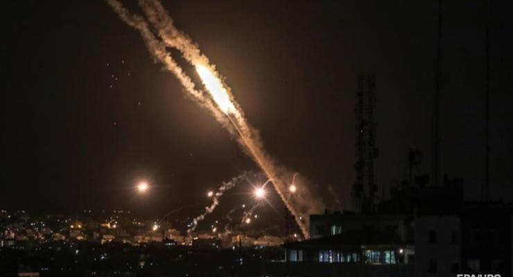 Сектор Газа продолжает обстреливать ряд израильских городов