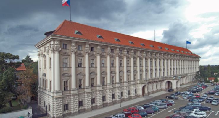"""Это шаг к эскалации: Чехия отреагировала на """"список недружественных стран"""" РФ"""