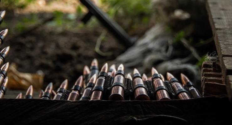 Сутки в ООС: 16 обстрелов, одного солдата ранили