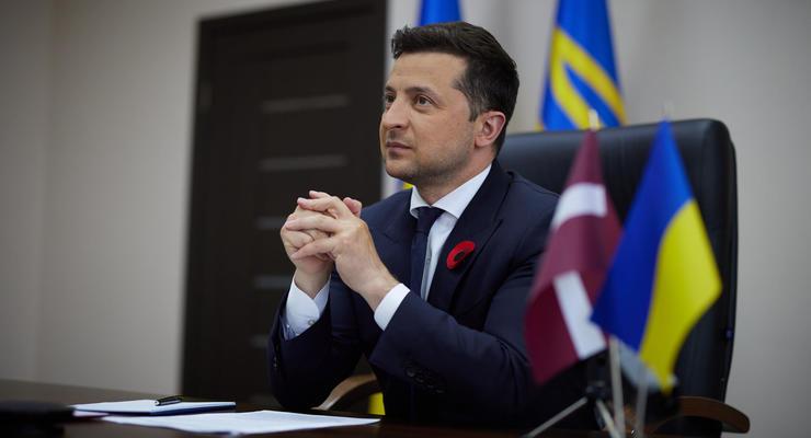 Украина войдет в режим paperless 24 августа, – Зеленский
