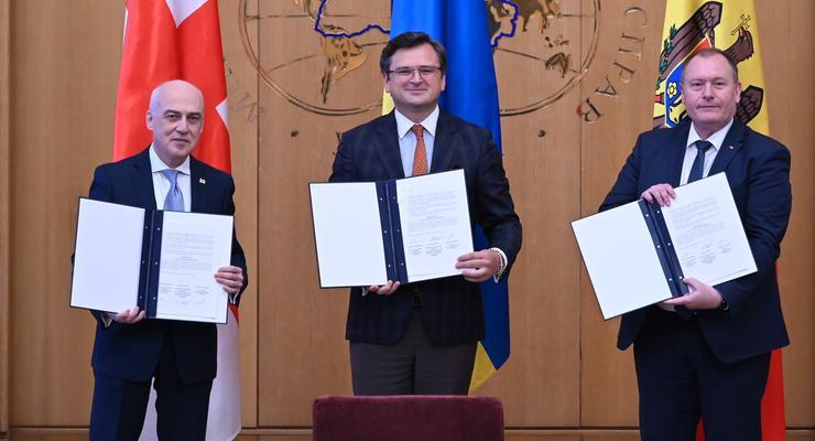 """Вступление в ЕС: Украина, Грузия и Молдова основали """"Ассоциированное трио"""""""