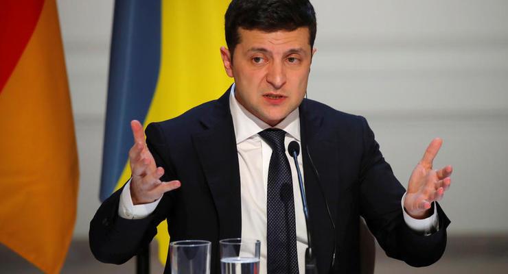 Зеленский потребовал вернуть домой украинцев из Непала